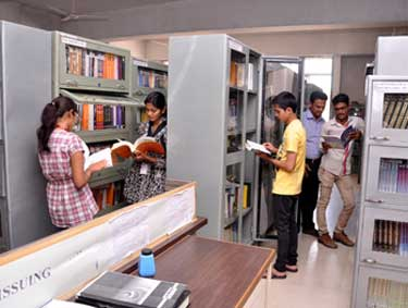 library-of-dy-patil-arts-commerce-science-college