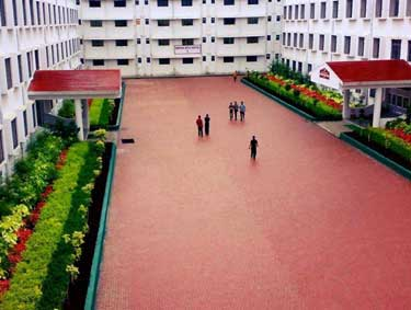 campus-of-sinhgad-institute-of-management-and-computer-application-pune